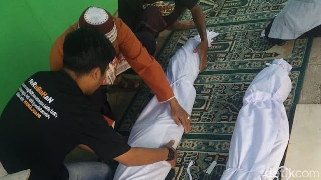 "42 Tahun Dikubur, Jasad Penghafal Al-Qur'an ""Mak Anih"" Tetap Utuh"