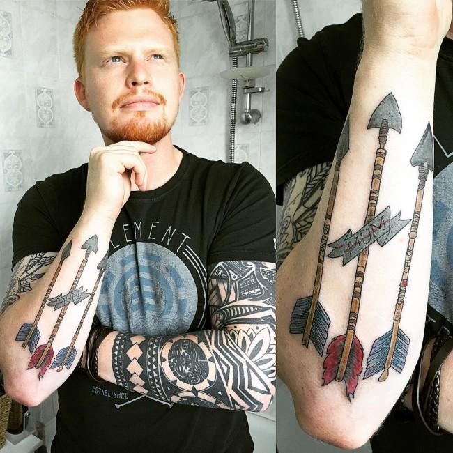 tatuajes de flechas para mujeres