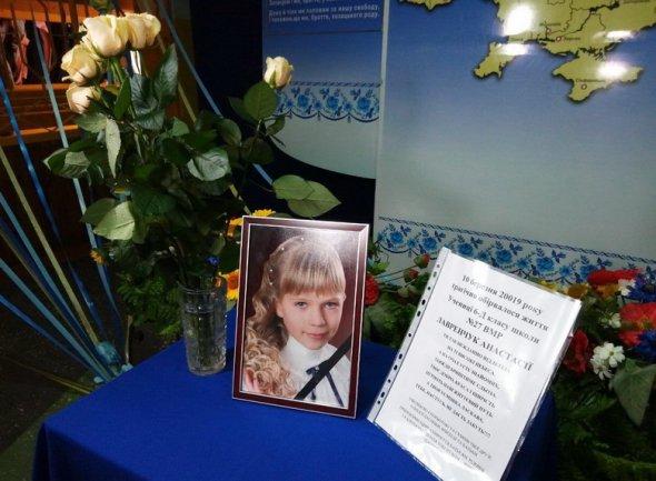 Померла на очах матері: з'явились подробиці загибелі 6-класниці під поваленим деревом