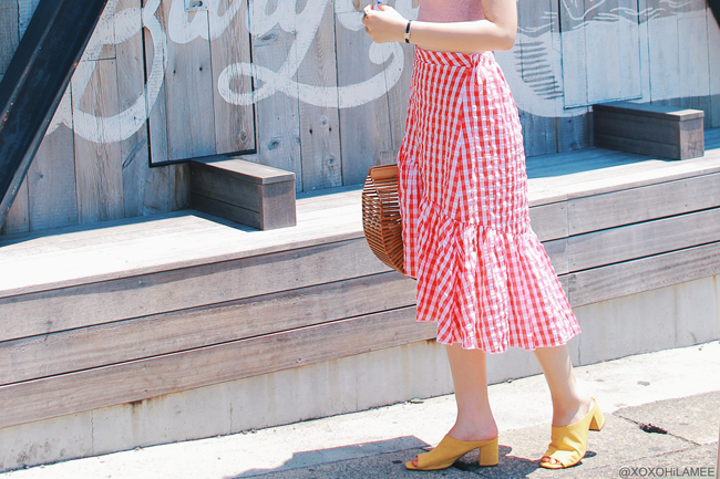 Japanese Fashion Blogger,Mizuho K,20180715OOTD,ZARA=pin striped off shoulder top/ SheIn=red gingham skirt / Rakuten=bamboo harf circle bag / GU= yellow mules / zeroUV= mirrored sunglasses / SHASHI= silver bracelet feminine streetstyle