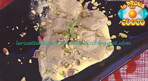 Prova del cuoco - Ingredienti e procedimento della ricetta Calamarata con melanzane e scamorza di Natale Giunta