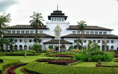 Daftar Hotel Murah di Bandung 2017 Yang Aman