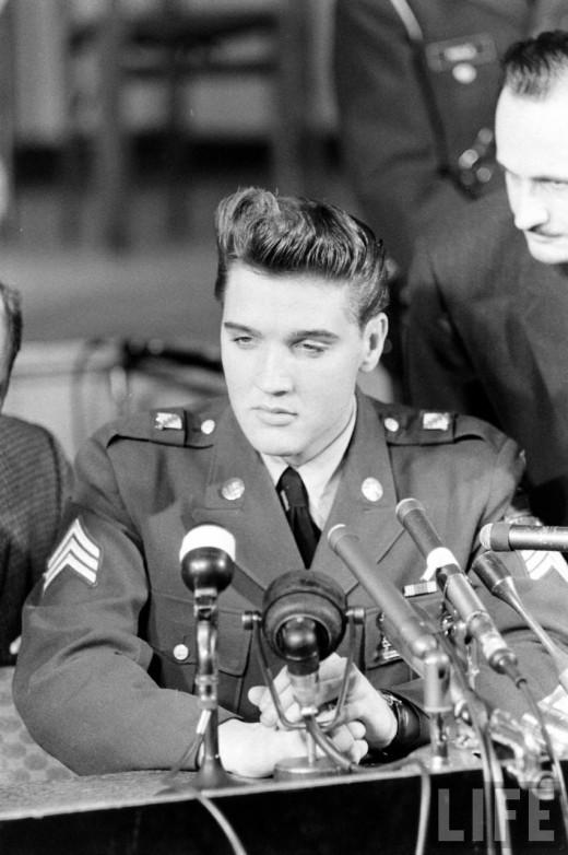 30 Vintage Photographs Documented Sgt Elvis Presley
