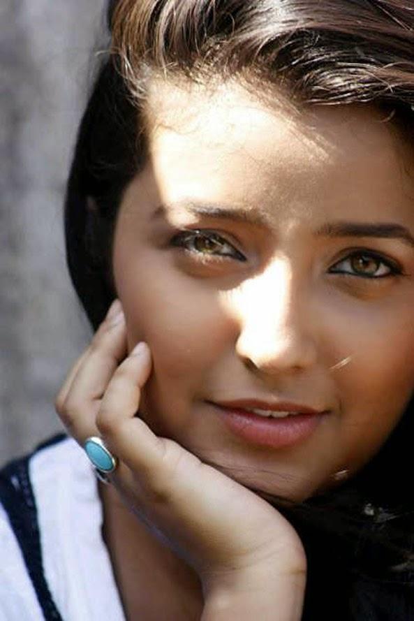 Apurva Nemlekar Hot Sexy Eyees Lips Marathi Girl Images-8382
