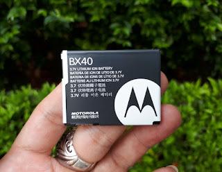 Baterai Motorola BX40 Original Motorola RAZR2 V8 RAZR2 V9