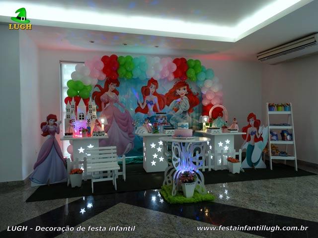 Decoração de festa de aniversário com tema infantil Ariel (Pequena Sereia) - Provençal simples