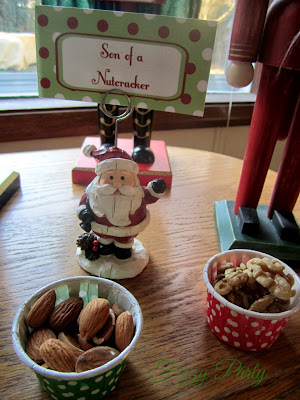 Elf Party, Christmas Party, Fizzy Party, Nutcracker, Cupcake with Character