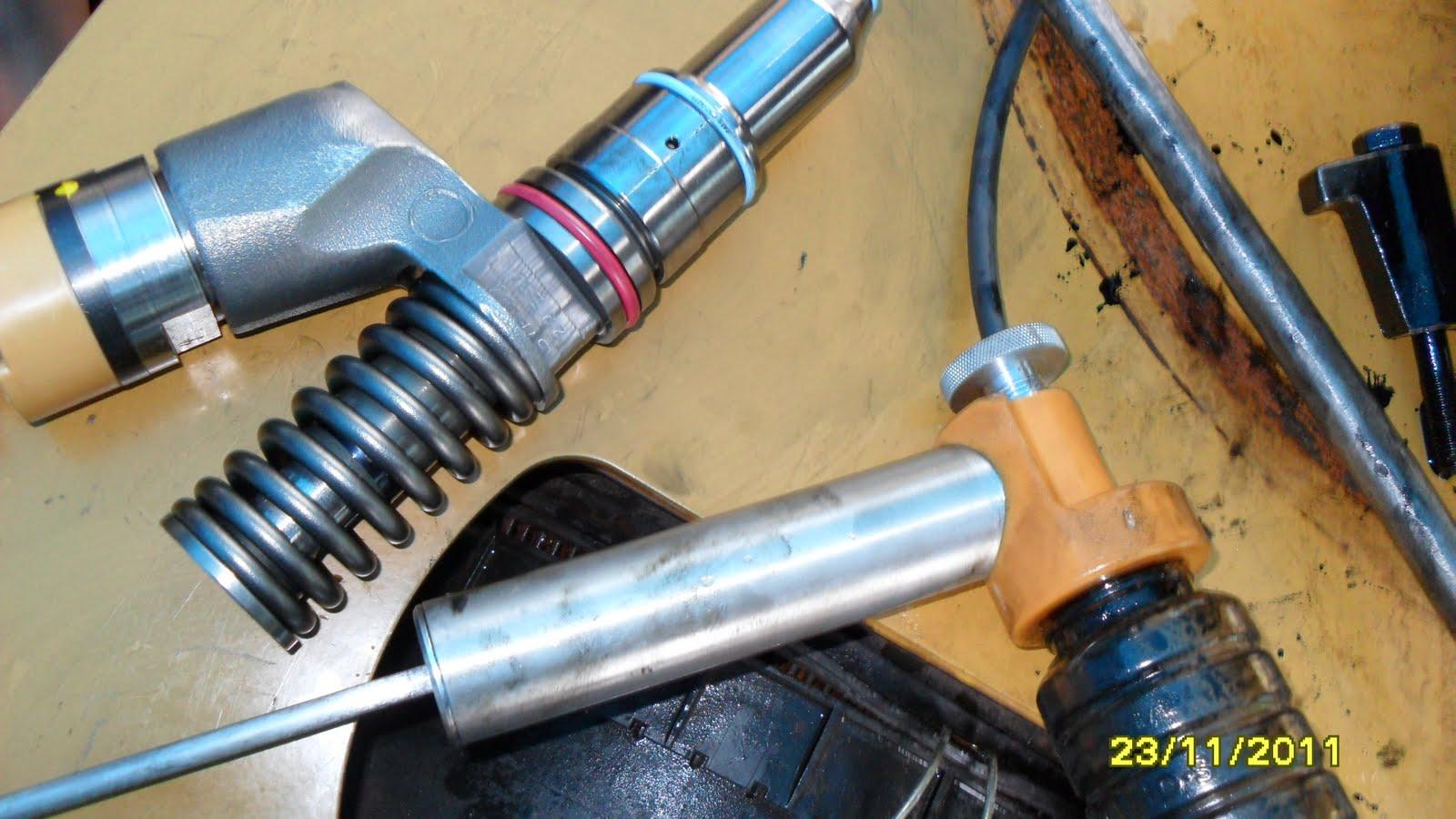 966H CAT: Electronic Unit Injector - Adjust