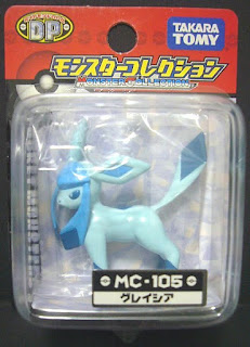 Glaceon Pokemon figure Tomy Monster Collection MC series