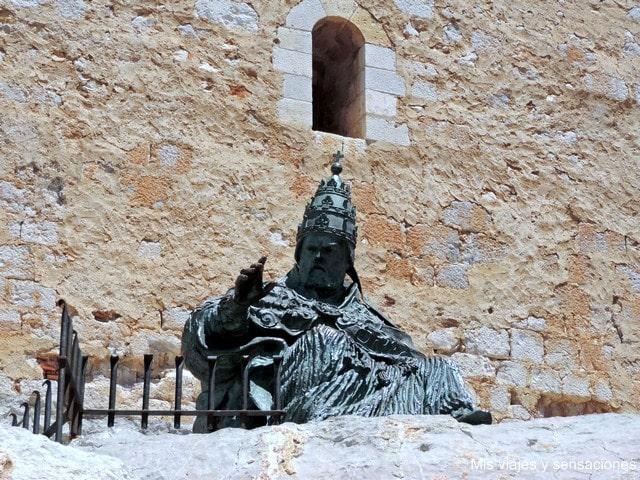 Escultura del Papa Luna, Peñíscola, Castellón