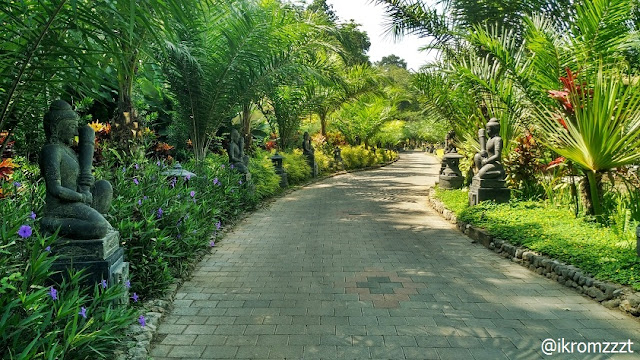 taman indah lembah tumpang resort