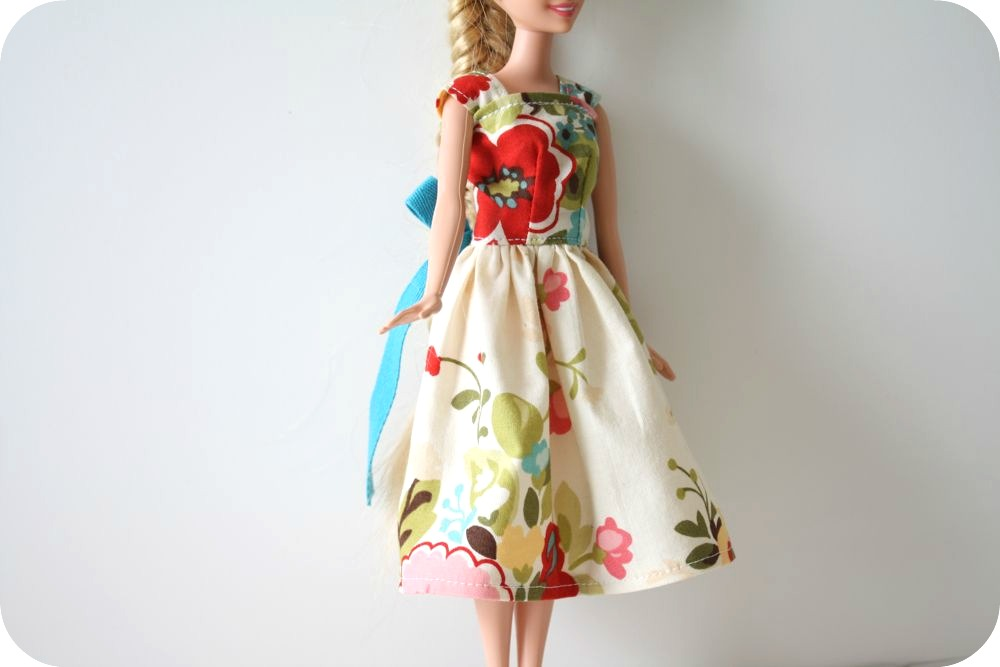 Barbie 174 Dress Tutorial