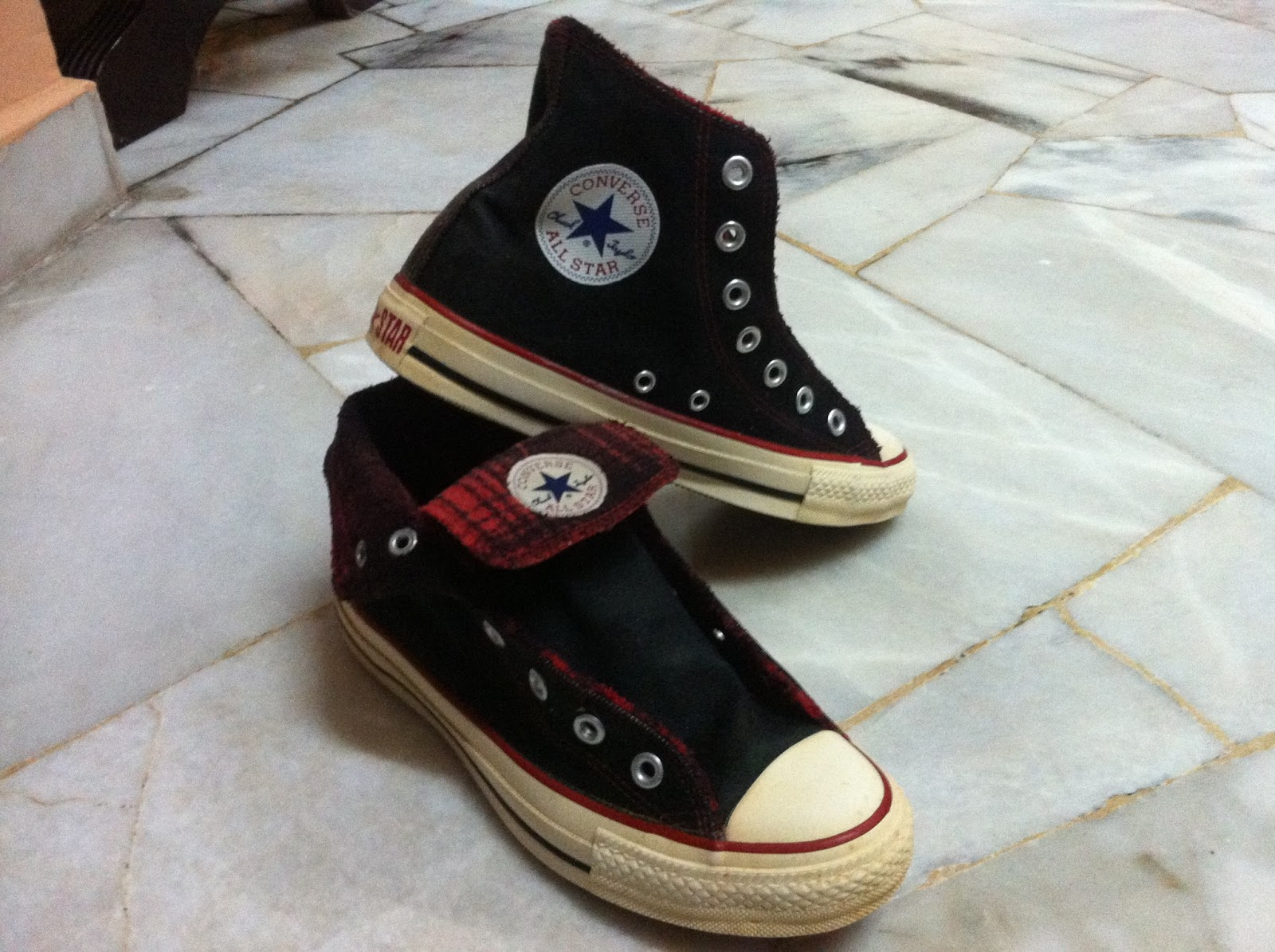 975e388a22d7 RIDZ TRADE Online  Converse All Star Chuck Taylor Hi Black Red Stitch  Foldable Unisex Trainers Shoes