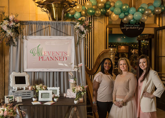 Our Inside Scoop on the Boutique Bridal Bazaar