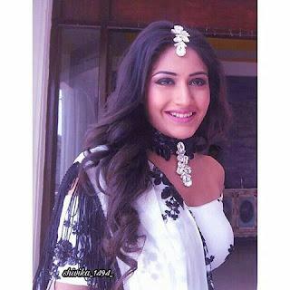 Ishqbaaz Jewellery Trends by Anika & Gauri, Chokers from Ishqbaaz, choker jewellery from ishqbaaz, tassel chokers ishqbaaz, lace chokers in ishqbaaz, anika choker styles,
