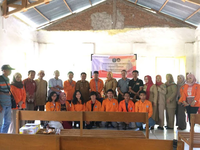 MahasiswaUniversitas Negeri Makassar (UNM),Adakan Seminar dapat  apresiasi masyarakat setempat.