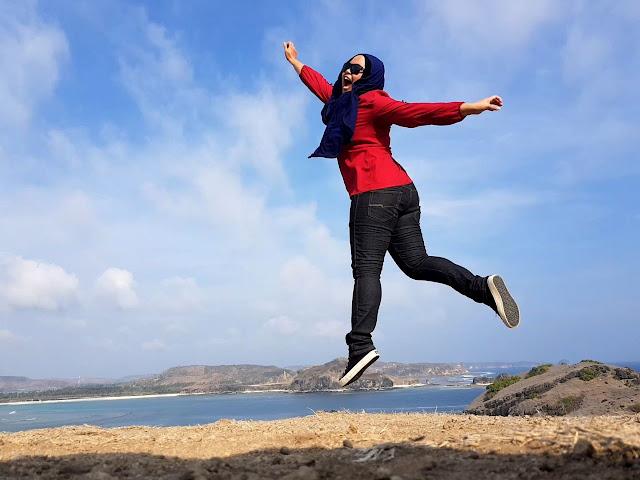 Bukit Merese Yang Kering | Trip Lombok Indonesia