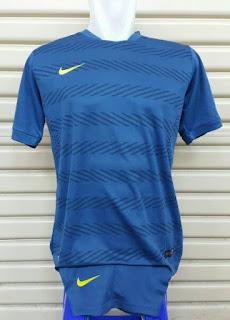 gamabr desain jersey futsal terbaru musim depan jersey SETELAN FUTSAL NIKE SQUAD PERFORMANCE terbaru 2015/2016 Biru di enkosa sport