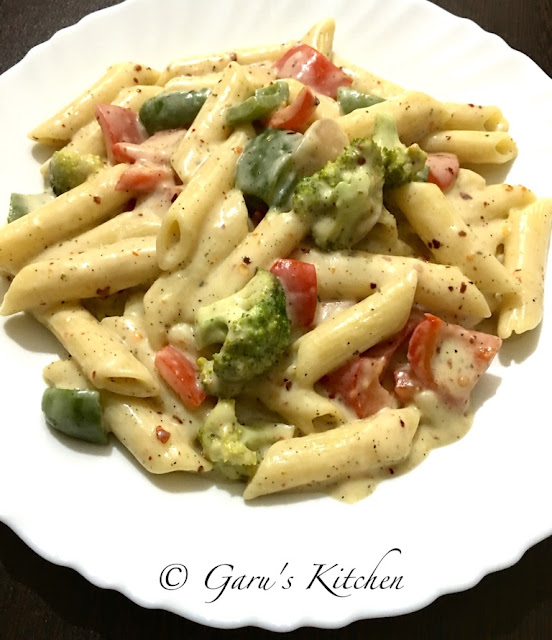 italian style white sauce pasta recipe | vegetable pasta in white sauce recipe | white sauce pasta recipe