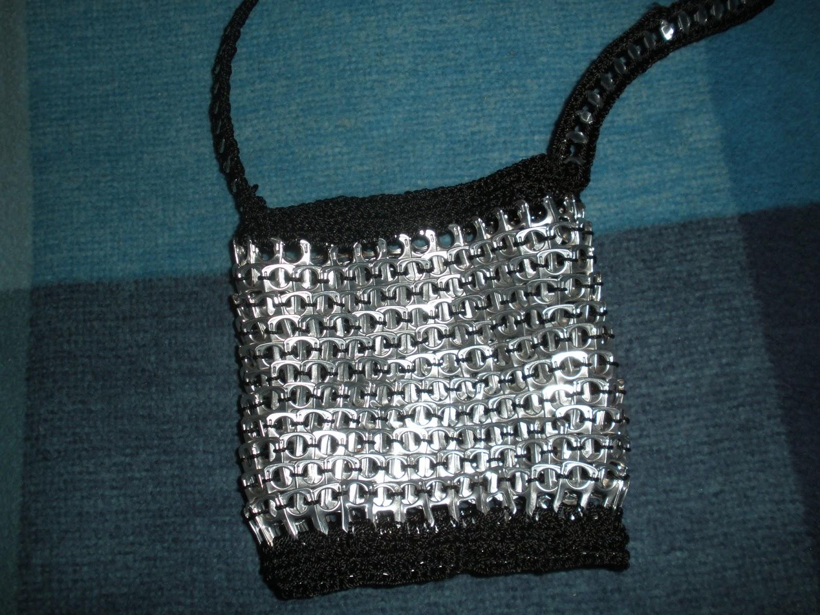 bolso anillas de mano negro