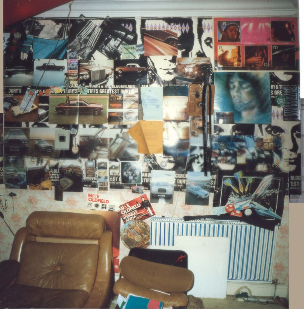 So Many Posters! 40 Vintage Pictures Showing Teenage