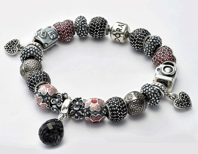 The Beauty Of Ramadhan, Pandora Charm Bracelet