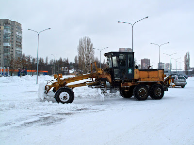 Snow, Roads, Odessa, 4x4, Cold, Frozen, Ukraine http://www.theodessafiles.co.uk, snow plough, shopping mall,