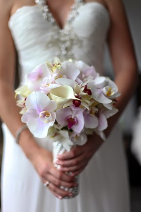 5 Reasons to Have Wedding Orchids Bouquets