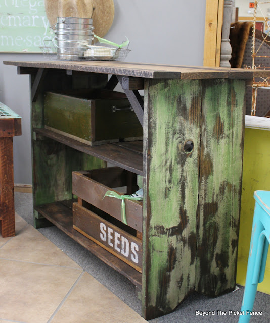 chippy painted sides on a farmhouse style table