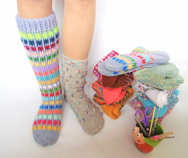 -crochet -socks -kneesocks -handmade -colorful -slippers