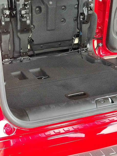 the new Fiat 500L boot space