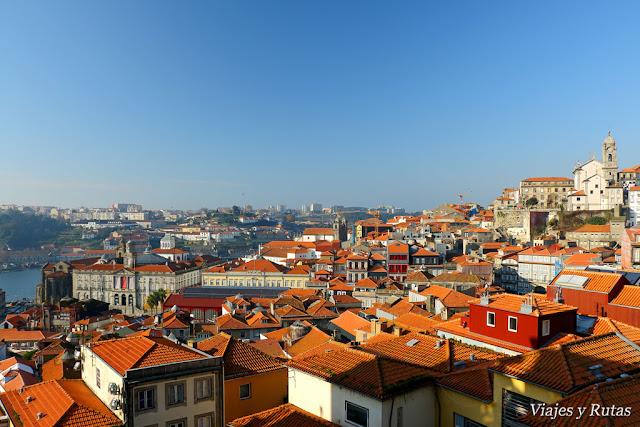Vistas desde la catedral de Oporto