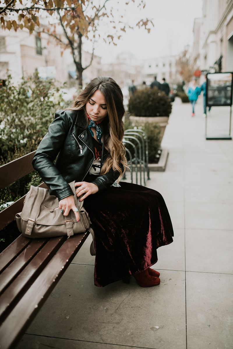 urban outfit with leather jacket | www.lauryncakes.com