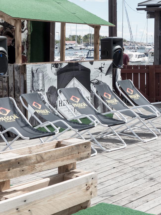 Bar Circos, Hangon Graniittilinna