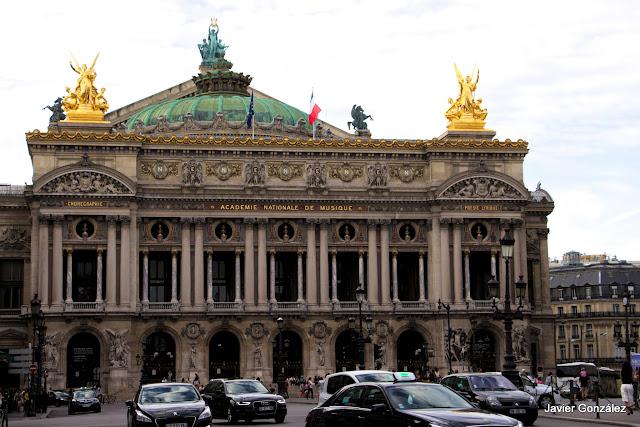 Paris. Turismo. Vistas. Monumentos
