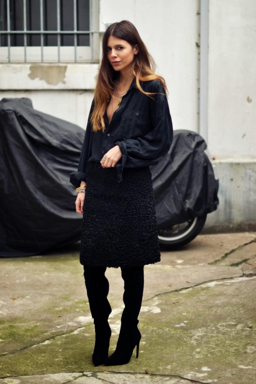 maja wyh waring black clothes