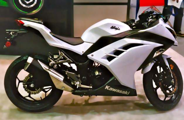 Kawazaki-ninja-250