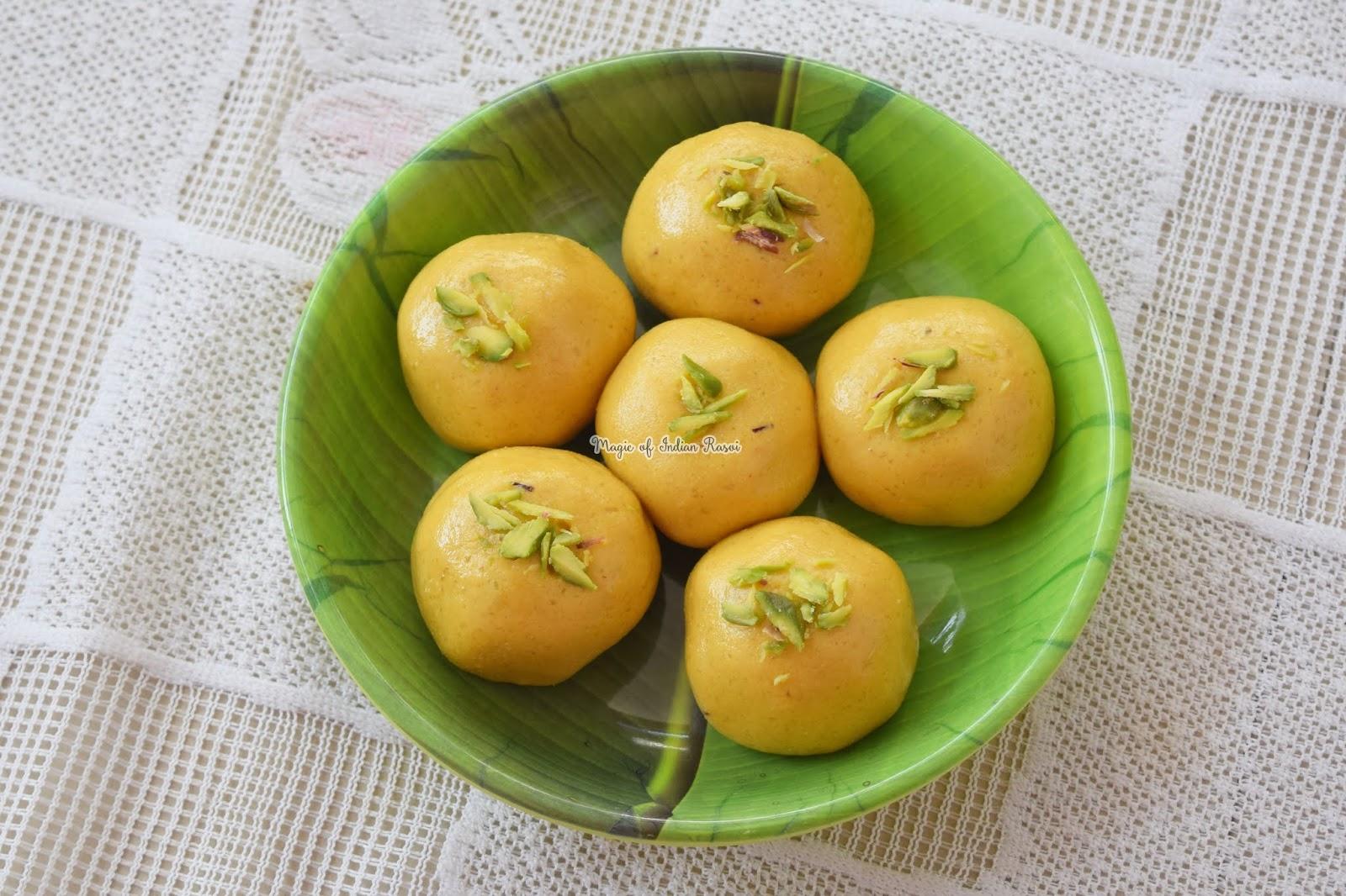 Perfect Besan Ladoo Recipe - हलवाई जैसे बेसन के लड्डू - Priya R - Magic of Indian Rasoi