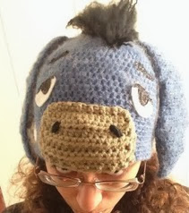 http://translate.googleusercontent.com/translate_c?depth=1&hl=es&rurl=translate.google.es&sl=en&tl=es&u=http://followthestray.hubpages.com/hub/Crochet-Hat-Patterns-Winnie-the-Pooh-Piglet-and-Eeyore&usg=ALkJrhjw3XqWs76xkUe29bkVmxE1wVpQOw