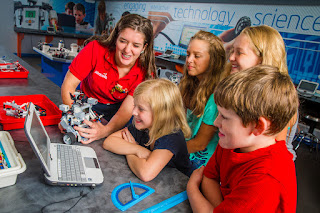 robotica para ninos en arequipa-robotica educativa en arequipa-robotica pedagogica en arequipa-robotica infantil en arequipa-robotica en arequipa-cursos para ninos en arequipa-talleres para ninos en arequipa-robotica en yanahuara-robotica en cayma-robotica en cerro colorado-aprendizaje basado en competencias y robotica educativa-retos y creatividad con robotica educativa