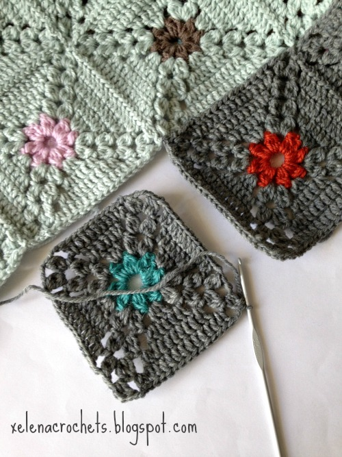 how to join as you go solid granny squares