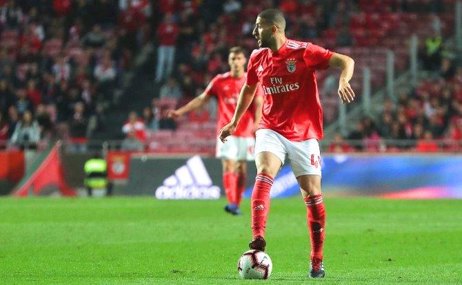 Blogs Benfica Taarabt deu critério ao jogo do Benfica