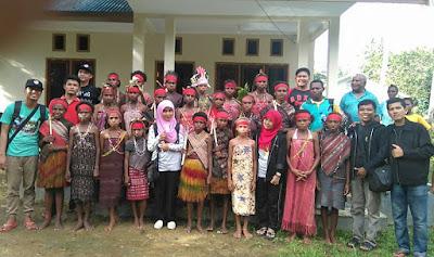 SM-3T UNP Salurkan Donasi Pendidikan Tahap II