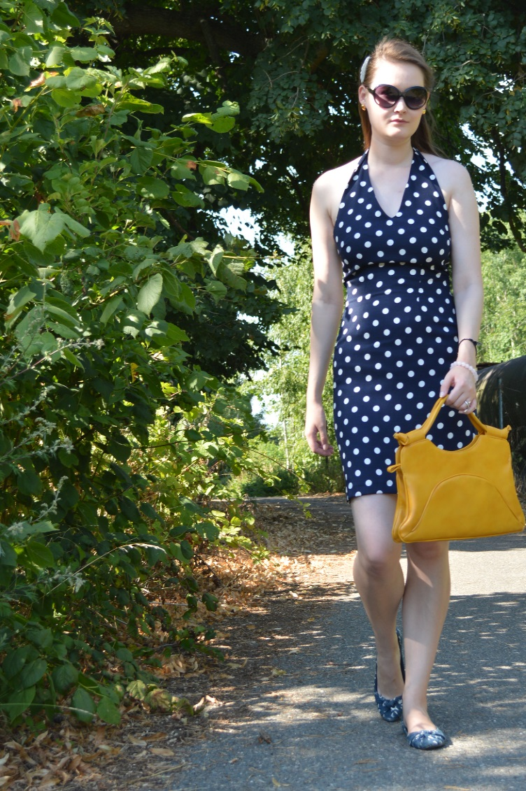 quintrelle, georgiana, quaint, retro, polka dots, vintage, secondhand, blue, maritime, navy