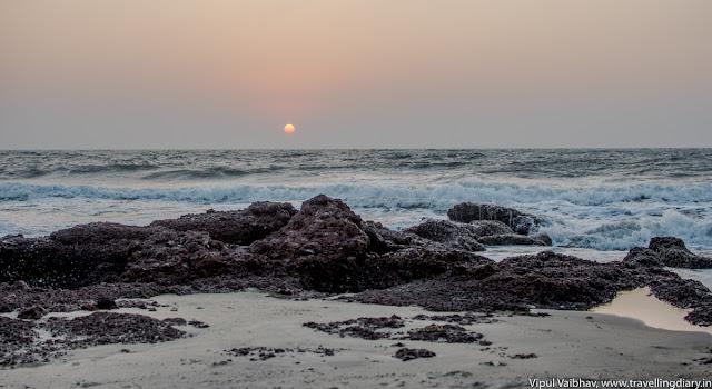 sunset photo at ashwem beach, Goa