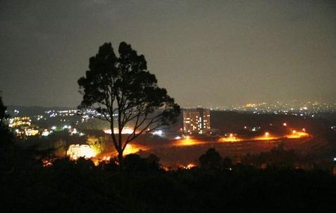 Wisata bukit bintang