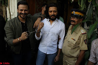 Vivek Oberoi and Riteish Deshmukh Promoting Their movie Bank Chor~  Exclusive 24.JPG