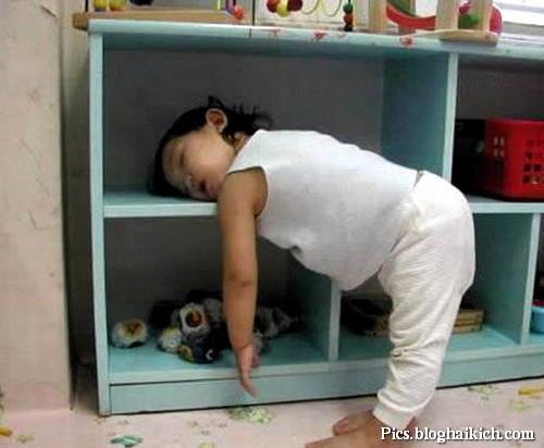 Hình anh vui em bé ngủ