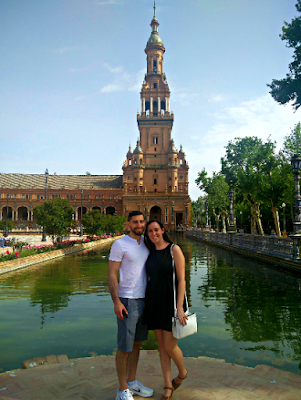 Plaza de Espana pool