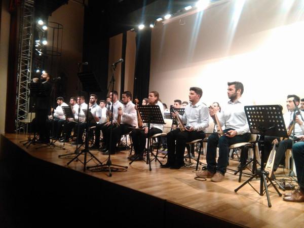 Ύμνος στο Ποντιακό τραγούδι στην κατάμεστη Στέγη Ποντιακού Ελληνισμού Κοζάνης